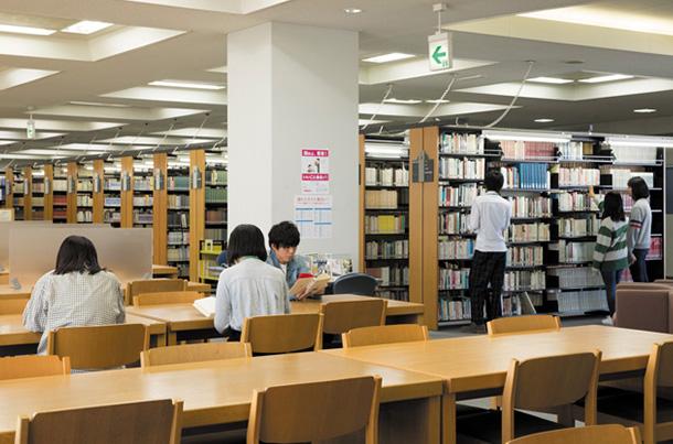 27万冊の総合情報図書館